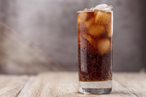 Chewing ice in soda may require a visit to an emergency dentist in Louisville.
